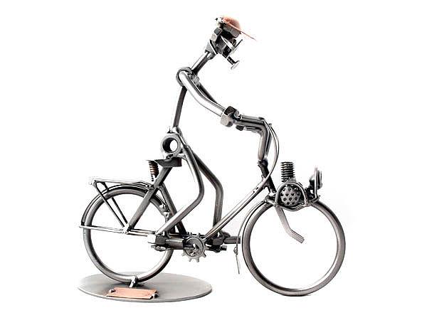 schraubenm nnchen mit fahrrad oder mofa online. Black Bedroom Furniture Sets. Home Design Ideas