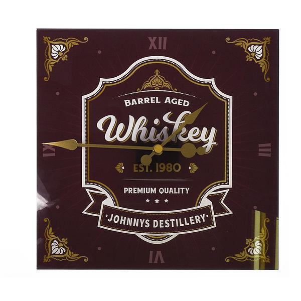 Uhr im Whiskey Design mit Namen und Jahreszahl 30x30cm bordeaux