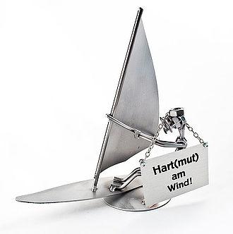 schraubenm nnchen windsurfer online geschenkeshop mit schraubenm nnchen mit widmung und mehr. Black Bedroom Furniture Sets. Home Design Ideas